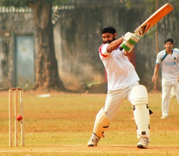 Lucky Singh (Welspun Team) 45 runs in 25 balls 4 Fours and 3 sixes