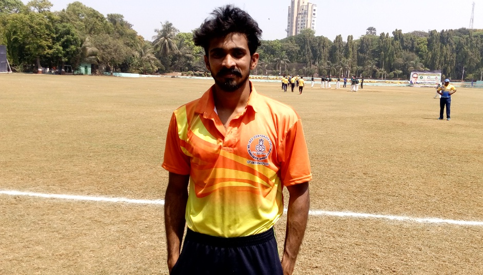 Manish Rao (Central Railway's Team) 4 wkts