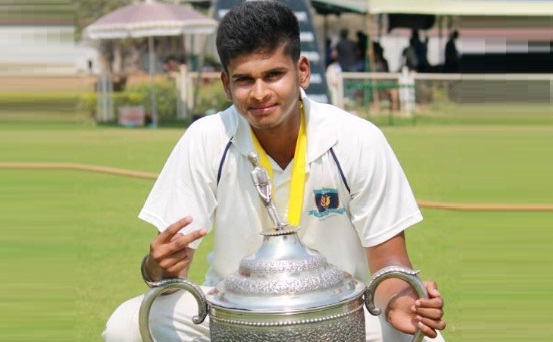 Shreyas Iyer (DY Patil Team) 196 runs
