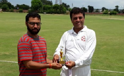 Bharat & Vaibhav finish the game in style for RDX in the Skyline T20 Corporate Summer League-2017Bharat & Vaibhav finish the game in style for RDX in the Skyline T20 Corporate Summer League-2017
