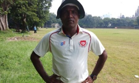 45yr Old Rajesh Paghdare takes an impressive fifer vs Dahisar Youngsters in the ongoing Kanga League 2017