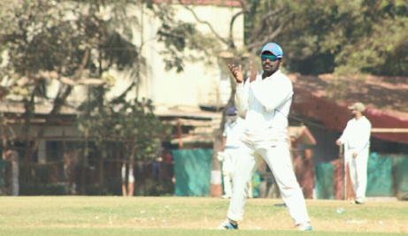 Left-arm Spinner Ashwin Shelke takes a stellar 11wkt haul vs Young Stars in the ongoing Kanga League 2017