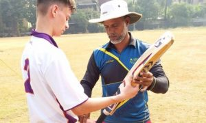 Josh Lam coaching at Achievers Cricket Academy